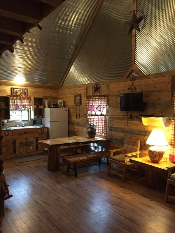 New cabin for 2017, dining and kitchen area